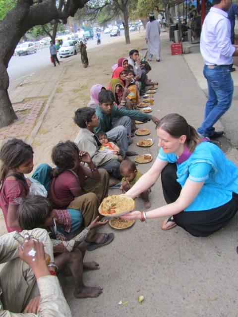 Suppenküche und Schulprojekte | friends help friends