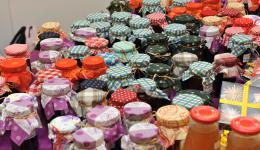 Gespendete selbstgemachte Marmelade - liebevoll hergestellt und verpackt - Danke!