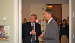 Frank im Gespräch mit Oberbürgermeister Starke in der Pause nach dem Vortrag
