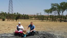 Katrin und Guido sind glücklich, dass beide Brunnenbohrungen in Indien erfolgreich waren!