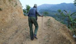 The path stretches over several kilometers...