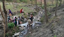 22 families in the village have not enough water and have to walk far to get to the precious liquid.