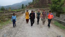Early in the morning we walk to Naya Shanghu where FriendCircle WorldHelp will construct a school.