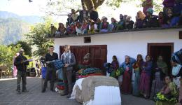 Nov. 21st, 2014 - Arrival at the first place for Distribution near Kedarnath.