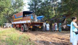 Bisher müssen die Behinderten der Jagannath Kolonie weit laufen, um selbst kleine Mengen Wasser zu ihren Unterkünften zu tragen. Eine Wasserstelle in unmittelbarer Nähe würde vieles erleichtern.