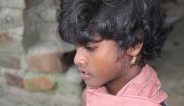 Vor etwa zwei Wochen berichteten wir von Dil Sagar, dem Jungen mit dem ausgedehnten, eitrigen Abszess im Halsbereich. Er wurde in einem privaten Hospital durch die Unterstützung des FriendCircle WorldHelp operiert. Ihm geht es nun schon viel besser.
