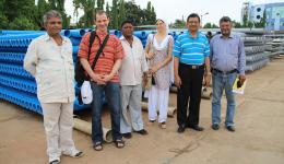 08. Juni - Am Folgetag wird der Rohrfabrikant besucht, bei welchem im Juli 2012 der erste Teil der Rohre gekauft wurde, für einen Preis- und Qualitätsvergleich.