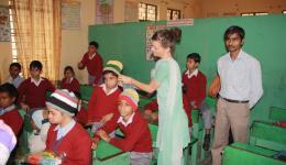 Diese kommen ausschließlich aus Familien unterhalb der Armutsgrenze. Ihre Schuluniformen, welche in Indien eine Voraussetzung für den Schulbesuch sind, werden von dieser Einrichtung frei zur Verfügung gestellt.