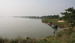Der Fluss an der Stelle, wo das Pumpenhaus mit der Pumpe für das Pipelineprojekt errichtet werden soll.