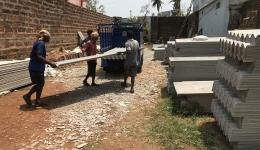"""DANKE !!! Wirbelsturm """"Fani"""": Für fünf Dörfer wurde Aufbauhilfe geleistet, vor allem Dachplatten wurden gebraucht..."""