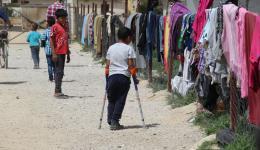 Auch viele Kinder sind von den Auswirkungen des Krieges behindert. Nicht selten auch durch den Einsatz von Chemiewaffen.