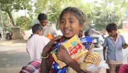 All the more the children and needy people on the road are happy to get something to eat.
