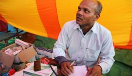 Fortunately an Indian doctor offers his support on the afternoon of the first day. He works nearby in a state hospital.
