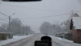 Sunday, Jan. 4, 2015 - Drive from Oradea to Cluj Napoca, Romania. It has already snowed in the night. The 150-km will take us over snowy roads.