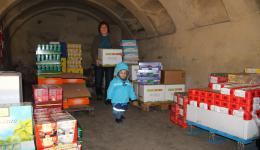 Clauda gets replenishment from the warehouse.
