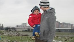 The little boy is so enthusiastic that he is often slipping and almost falls into the mud. Michael as a precaution takes him up on his arm what he even takes pleasure in.