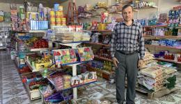 In diesem Markt werden Gutscheine gekauft, um diese an Mütter und Kinder auszugeben, welche ihre Männer bzw. Väter durch den Krieg verloren haben.