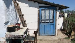 Seit Mittwoch Abend ist Alexandra wieder in Rumänien. Zusammen mit Adrian und Mr. Gherman werden viele alte Menschen auf den Dörfern und in den Bergen besucht.